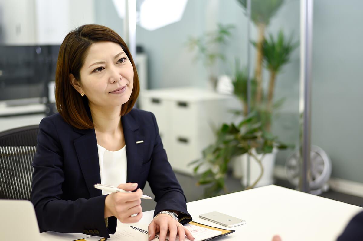 取締役 副社長 システムエンジニア 岡崎 仁美